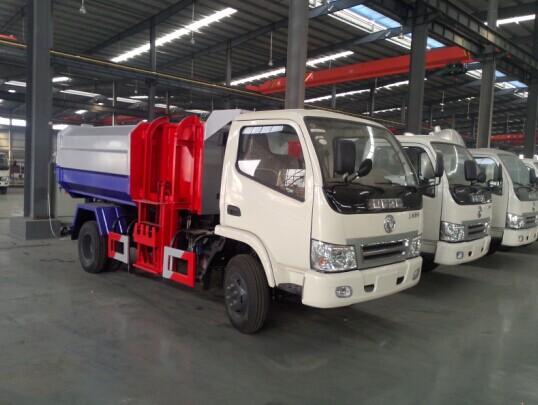 东风小卡自装卸式垃圾车