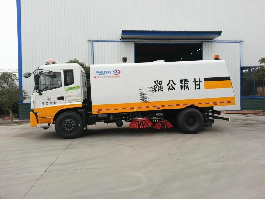 东风新款D913扫路车|9吨扫路车