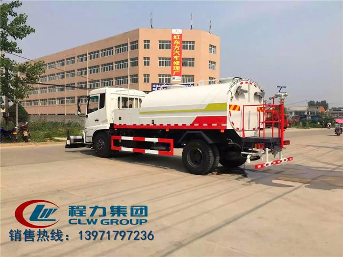 东风天锦路面清扫车9