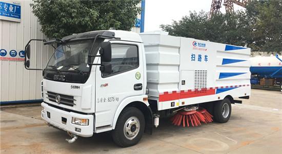 东风多利卡扫路车︱7吨扫路车