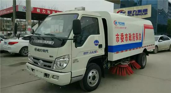 福田扫路车︱3吨扫路车