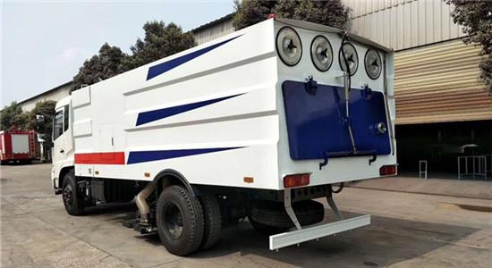 东风天锦吸尘车︱10吨吸尘车图片