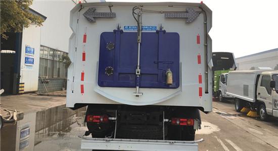 东风天锦洗扫车︱15吨洗扫车图片