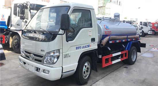 福田吸粪车︱2吨吸粪车