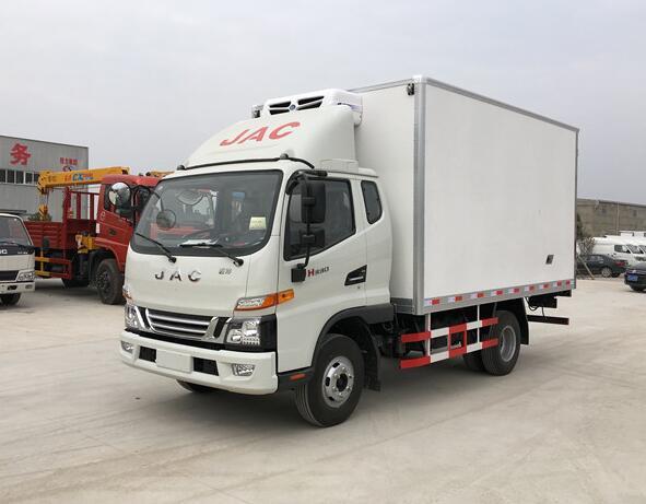 江淮骏铃一排半冷藏车︱3.7米冷藏车