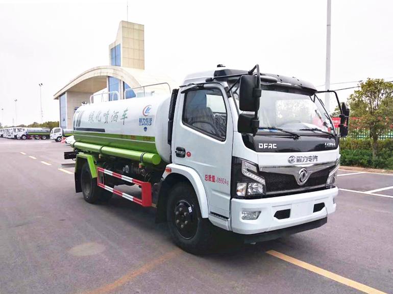 东风福瑞卡10吨洒水车