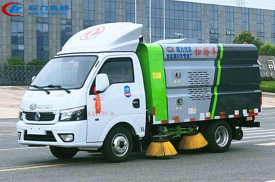 手机万博官网最新版本途逸3吨扫路车(汽油版)