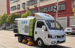 东风途逸3吨扫路车(汽油版)