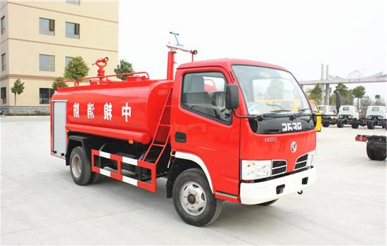 东风福瑞卡5吨消防洒水车(出口专用)